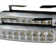 Nappali Menetjelző Világítás 18 Piranha LED-del (HxMxSz) 139,7x23x51mm